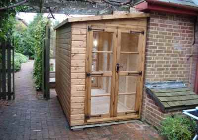 Deluxe Pent 10x5 with 2 pairs of Richmond Doors