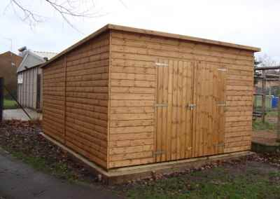 Deluxe Pent 12x16, Double Doors, No Wndows