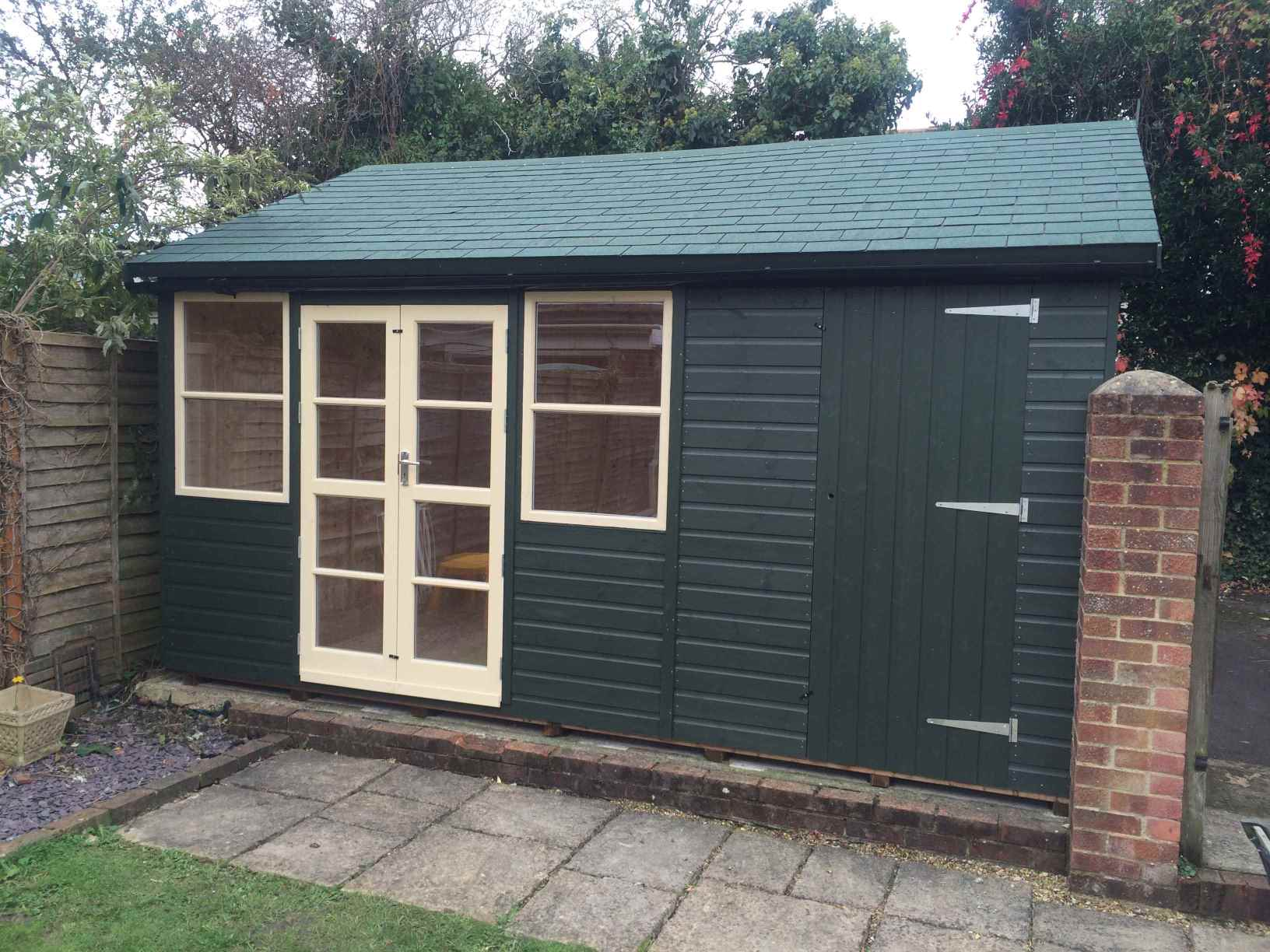 Summer houses garden rooms home offices bespoke mb for Shed office combo