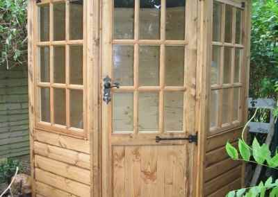 Frensham single door Gazebo 6X6 (2)