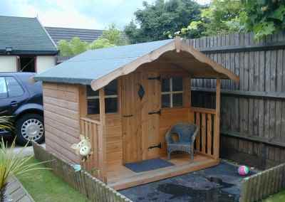 Hambledon Playhouse 6X4 with optional 2' Verandah