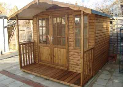 Hampton 8x6, off-set doors, 2'6 verandah, T&Gv Lining and Insulation (2)