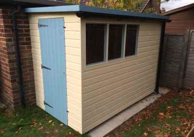 Lean-to 9x5 Super Pent with Painted Finish and Guttering.