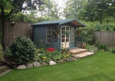 Petersham 10x8, 2'6 Verandah, Green Felt Tiles, Shades Finish. (2)
