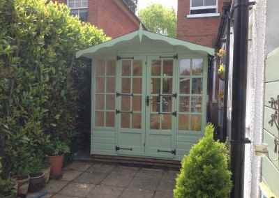 Petersham 8x10, Doors and Windows Both Ends, Old English Fittings, Shades Finish.