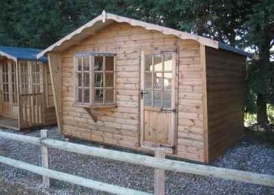 Puttenham Bay Cabin 12x7.