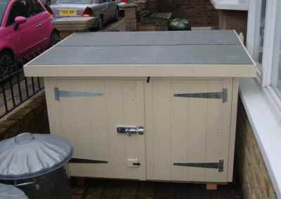 Tool Shed 4x3, reduced height, double doors in Low Side, Painted Finish