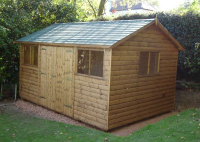 Deluxe Apex 14x10, Extra Height, Double doors, Green Felt Tiled Roof