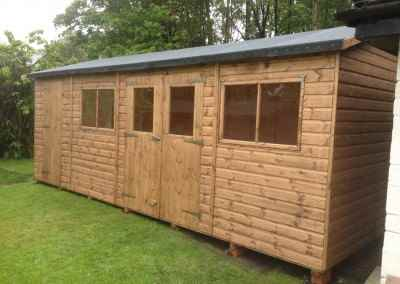 Deluxe Apex 22x10 with Windows in Double Doors, Seperate Shed Compartment and Heavy Felt.