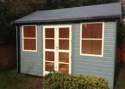 Deluxe Studio 12x10, Heavy Torch-On Felt, Gutter & Downpipes, Shades Finish.