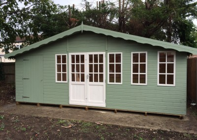 Hampton 20x10 with Shed Compartment, Double Glazing, T&Gv Lining & Insulation, Guttering and Painted Finish
