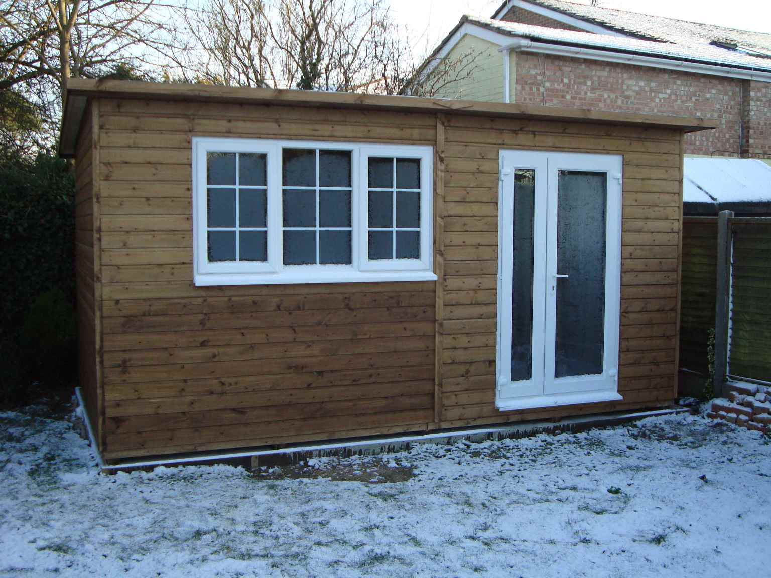 Heavy duty workshop sheds mb garden building for Upvc windows and doors